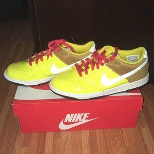 Nike sponge bob dunks